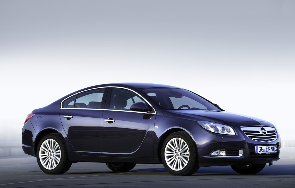 opel insignia review test drives. Black Bedroom Furniture Sets. Home Design Ideas