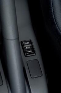 2011 Suzuki SX4 4x4 button