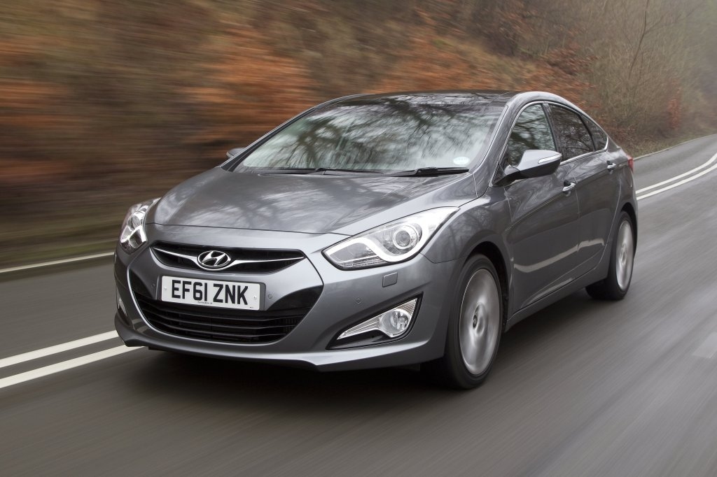 hyundai i40 review | test drives | atthelights