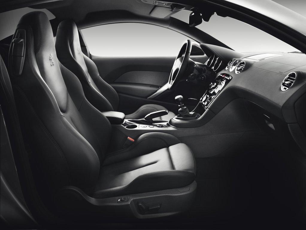 Peugeot rcz review test drives for Peugeot rcz interieur