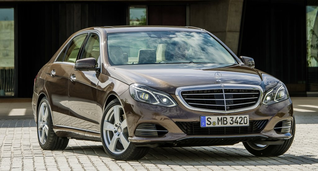 mercedes benz e class first drive. Black Bedroom Furniture Sets. Home Design Ideas