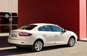 2013 Renault Fluence exterior rear right static