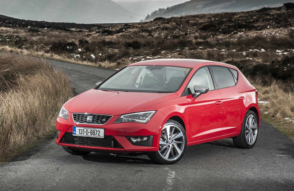 seat leon first drive. Black Bedroom Furniture Sets. Home Design Ideas