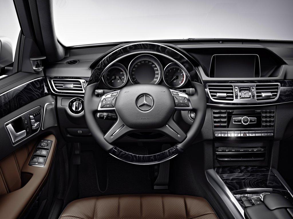 Mercedes benz e class first drive for Mercedes benz e class interior