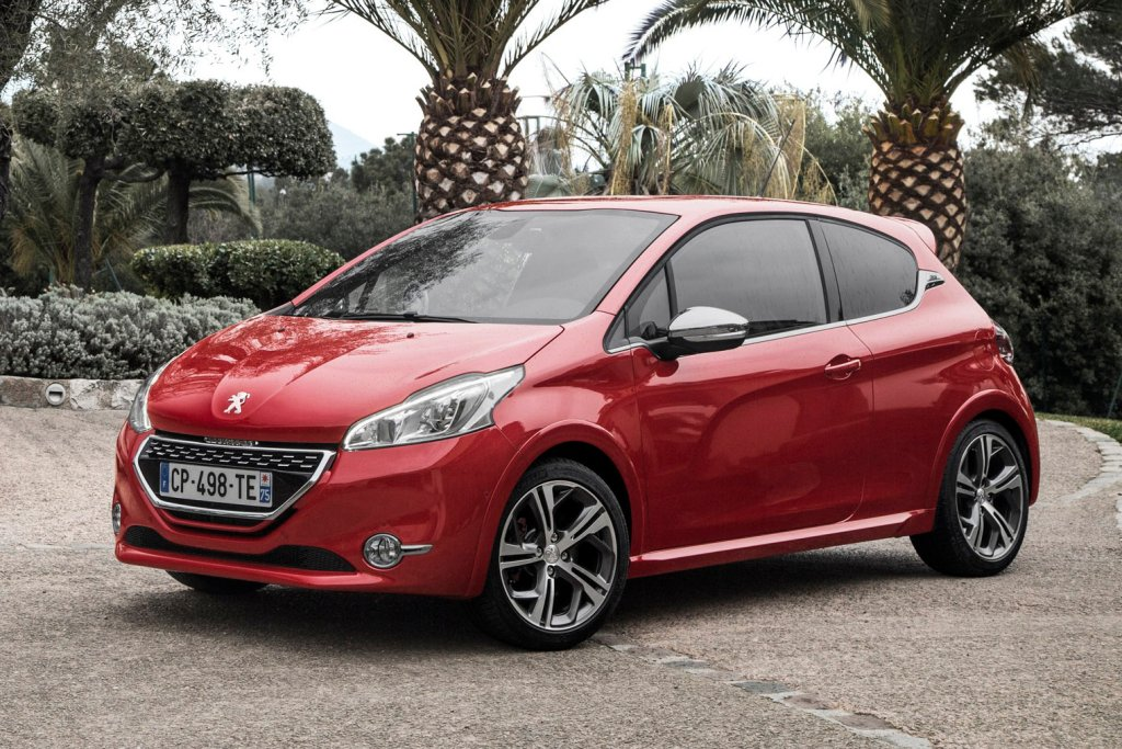 2014 peugeot 208 gti review autos weblog. Black Bedroom Furniture Sets. Home Design Ideas