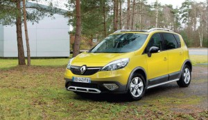 2013 Renault Scenic XMOD exterior front left static