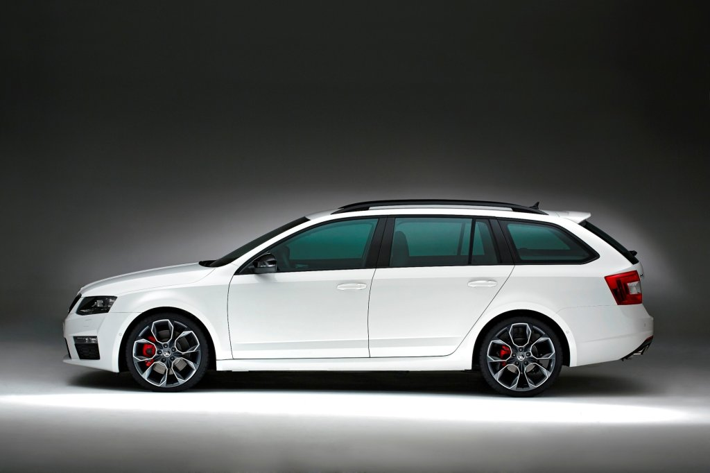 sporty skoda combi rs for july launch in ireland. Black Bedroom Furniture Sets. Home Design Ideas
