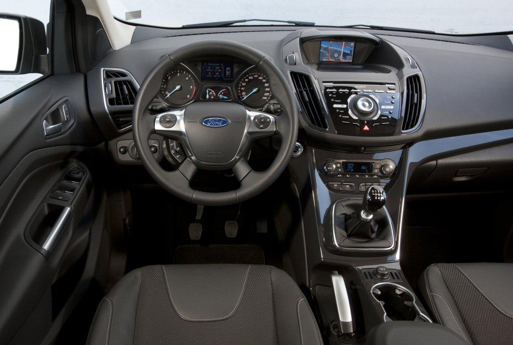 Ford kuga review test drives for Interior ford kuga