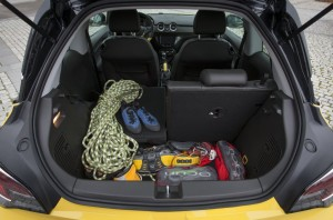 2013 Opel Adam interior boot