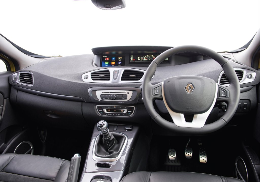 Renault scenic xmod review test drives for Interior renault scenic
