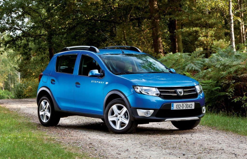 dacia sandero stepway arrives in ireland. Black Bedroom Furniture Sets. Home Design Ideas