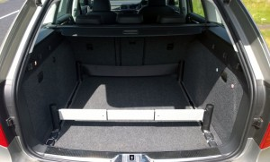2013 Skoda Superb Combi interior boot