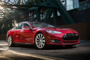 2014 Tesla Model S exterior front right static