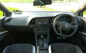 2014 Seat Leon Cupra 280 interior cockpit