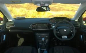 2014 Peugeot 308 SW interior cockpit