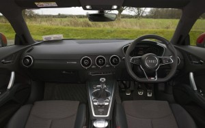 2015 Audi TT interior cockpit